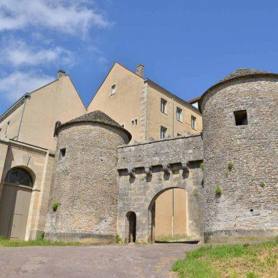 Visite de Flavigny-sur-Ozerain à partir de l'Hôtel relais de la Côte-d'Or à Semur-en-Auxois Bourgogne