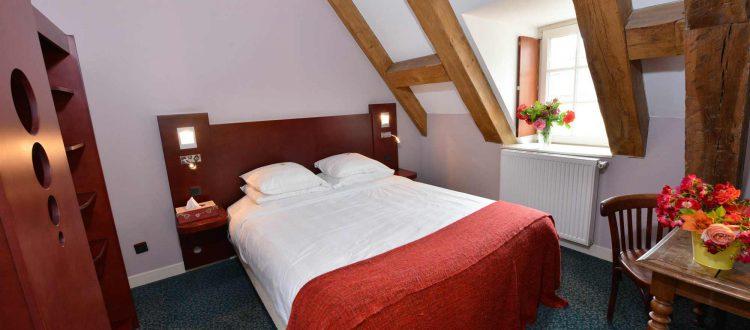 Chambre 202 Chambre 402 à l'Hôtel relais de la Côte-d'Or à Semur-en-Auxois Bourgogne