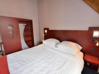 Vue de la chambre 202 Chambre 402 à l'Hôtel relais de la Côte-d'Or à Semur-en-Auxois Bourgogne