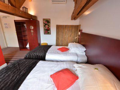 Vue de la chambre 204 Chambre 402 à l'Hôtel relais de la Côte-d'Or à Semur-en-Auxois Bourgogne