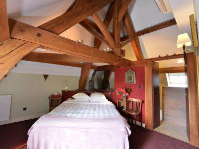 Vue de la chambre 205 de l'Chambre 402 à l'Hôtel relais de la Côte-d'Or à Semur-en-Auxois Bourgogne