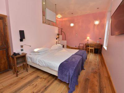 Chambre 402 à l'Hôtel relais de la Côte-d'Or à Semur-en-Auxois Bourgogne
