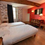 Chambre 303 Chambre 402 à l'Hôtel relais de la Côte-d'Or à Semur-en-Auxois Bourgogne