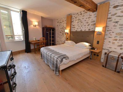 Chambre n° 303 Chambre 402 à l'Hôtel relais de la Côte-d'Or à Semur-en-Auxois Bourgogne