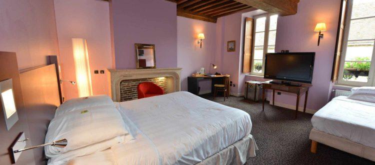 Chambre 103 de l'Chambre 402 à l'Hôtel relais de la Côte-d'Or à Semur-en-Auxois Bourgogne