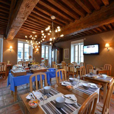 Breakfast room at Hôtel relais de la Côte-d'Or à Semur-en-Auxois Bourgogne